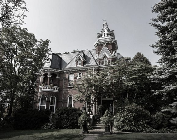 Victorian Mansion in Canada - Halloween